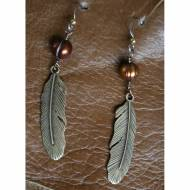Brass Feather Earrings With Brown Pearl