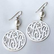 Monogrammed Border Script  Earrings With 10 Mm Pearl