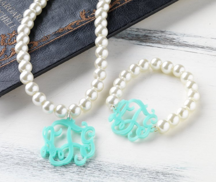 acrylic monogram pearl necklace