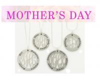 Mother's Pendant  on and 16 inch silver boxed chain