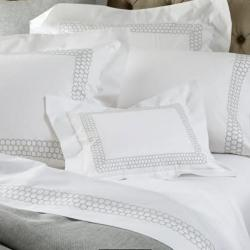 Matouk Liana Bedding Collection Gallery_833 NULL