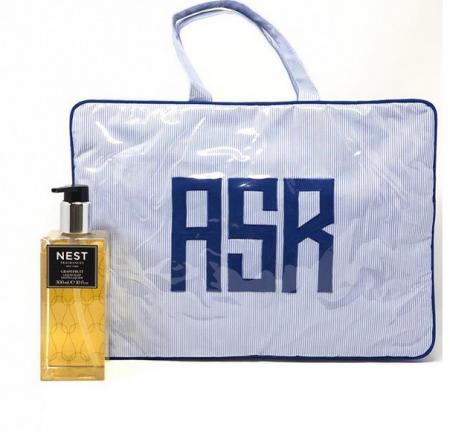 perfect monogrammed travel bags. create one now.