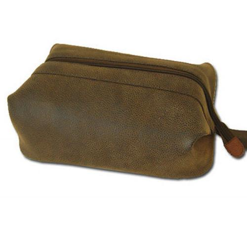 Personalized Classic Dopp Kit in Four Colors  Luggage & Bags > Toiletry Bags