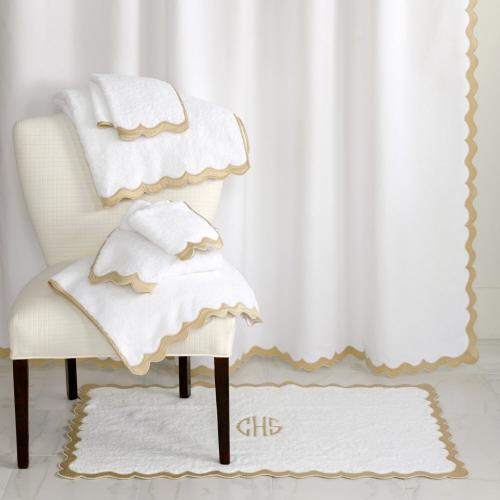 Matouk Paloma Bath Collection Matouk Paloma Bath Collection Home & Garden > Linens & Bedding > Towels > Bath Towels & Washcloths