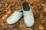 Seafoma Green Clog With Cream Thread