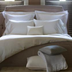 Matouk Tomas Bedding Collection Matouk Tomas Bedding Collection Home & Garden > Linens & Bedding > Bedding