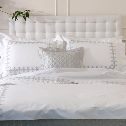 Gordian Knot by Matouk Bedding Collection Gordian Knot by Matouk Bedding Collection Home & Garden > Linens & Bedding > Bedding