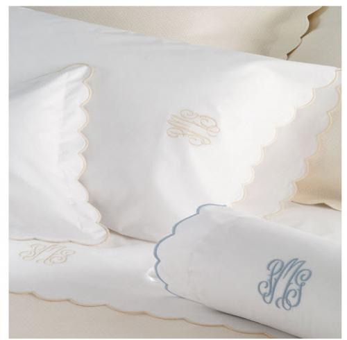 "Matouk Portofino Full Queen Flat Sheet  4"" Monogram  Home & Garden > Linens & Bedding > Bedding > Bed Sheets"