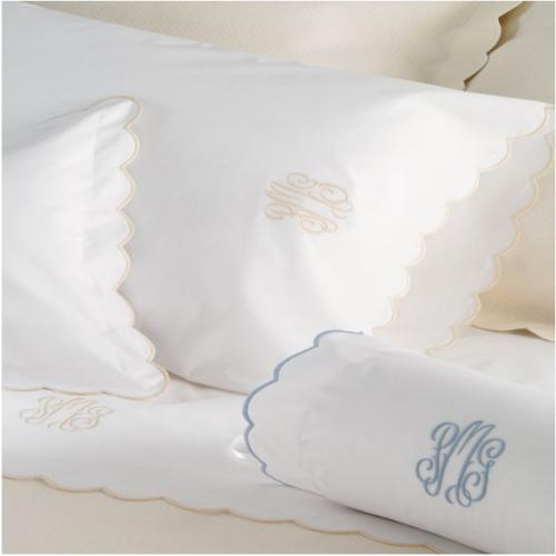"Matouk Portofino  Duvet Cover Full Queen 10"" Monogram  Home & Garden > Linens & Bedding > Bedding > Duvet Covers"