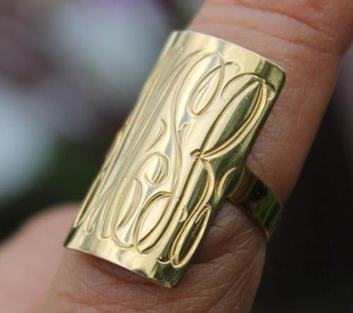 Large rectanular Hand Engraved ring in 10 karat gold  Apparel & Accessories > Jewelry > Rings