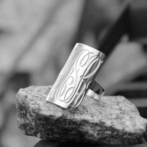 Large rectangular ring in sterling silver  Apparel & Accessories > Jewelry > Rings