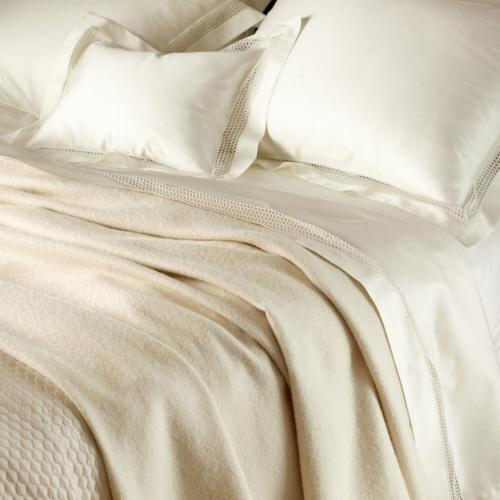 Matouk Cordoba Alpaca Blanket Lightweight and Insulated  Home & Garden > Linens & Bedding > Bedding > Blankets