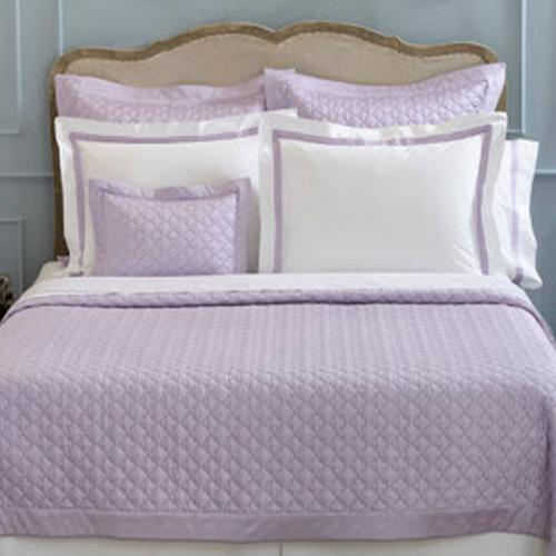 Matouk Ava Quilt and Shams Set   Home & Garden > Linens & Bedding > Bedding > Quilts & Quilt Sets